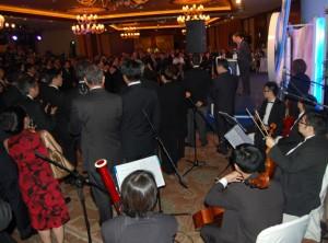 特首曾蔭權於機管局十周年慶典致詞,音樂演出由本公司包辦。