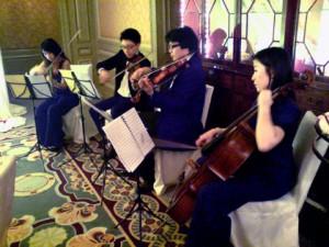 本團成員於Ritz Calton舉行之婚宴中演出莫札特曲目娛賓